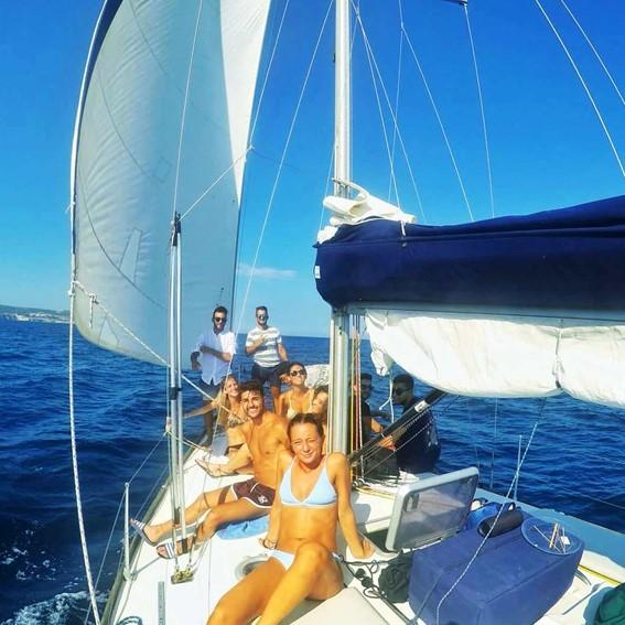 Tour in barca a vela Leuca