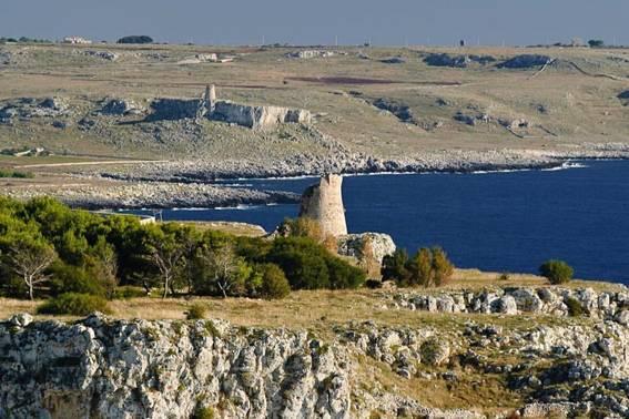 Grotte e torri da Otranto a Porto Badisco
